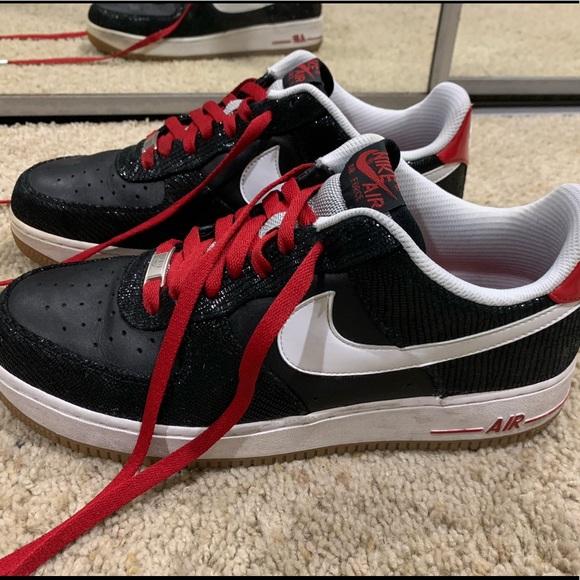 Nike Air Force 1 Low BlackWhiteRedGum